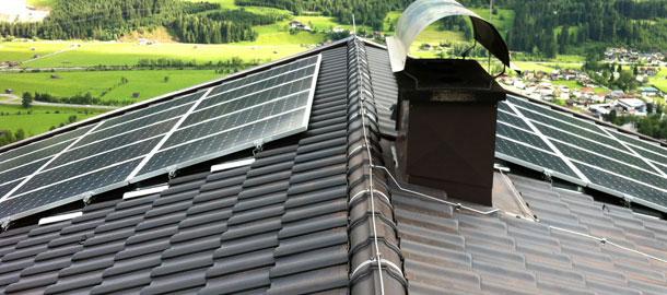 5,7 kWp Aufdachanlage - Mühlbach/Sbg.